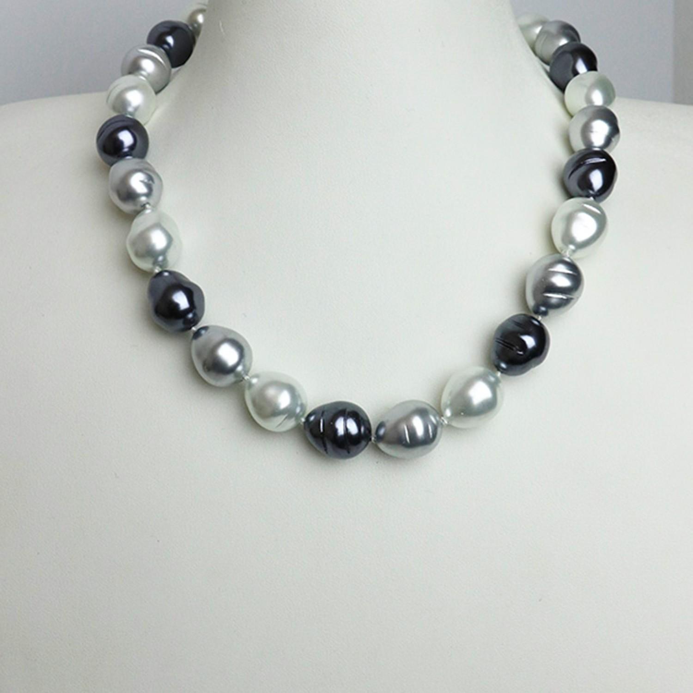 Kette Perlen, grauß-weiß 0